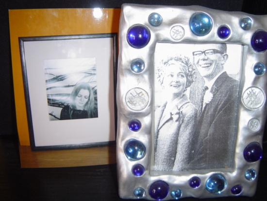 Put Your Guests in the Right Frame of Mind wedding picture frame